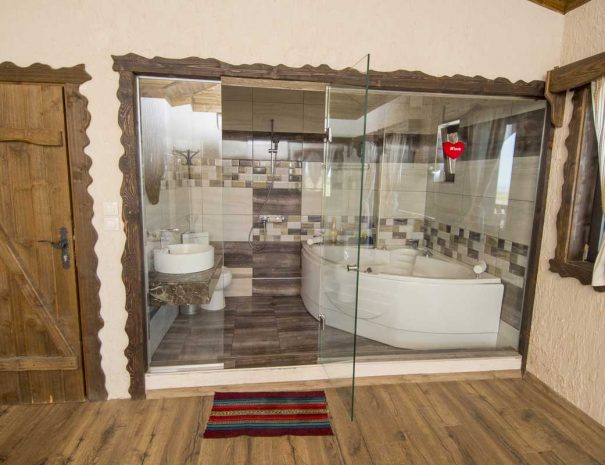 Остъклена баня